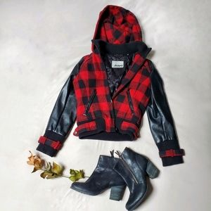 💧❄2/$160❄Rare GUESS plaid leather hooded blouson